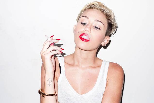 Miley-Cyrus-Photoshoot-by-Terry-Richardson-6